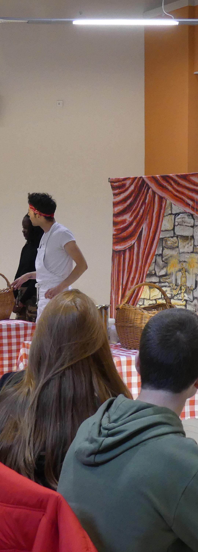 Un théâtre anglais joué par des natifs au collège !